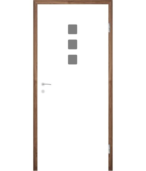 Bíle lakované interiérové dveře s drážkami COLORline - MODENA + R26L
