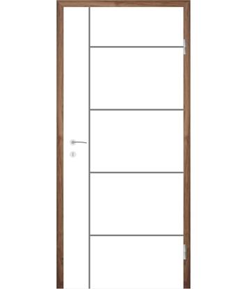 Picture of Bíle lakované interiérové dveře s drážkami COLORline - MODENA R17L