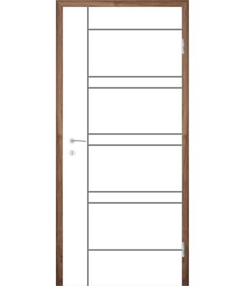 Picture of Bíle lakované interiérové dveře s drážkami COLORline - MODENA R19L
