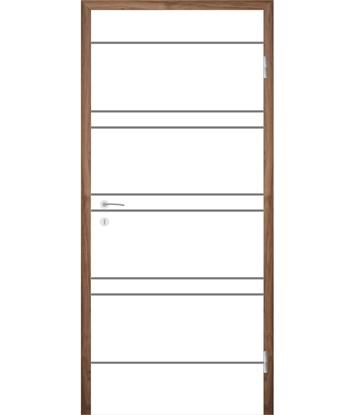 Picture of Bíle lakované interiérové dveře s drážkami COLORline - MODENA R20L
