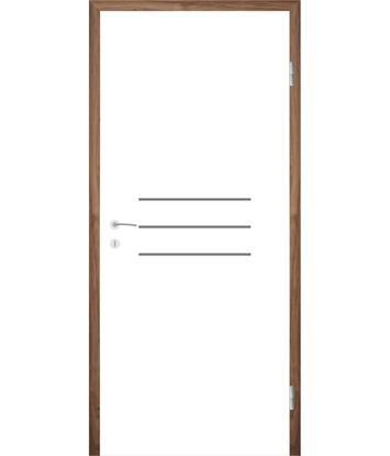 Bíle lakované interiérové dveře s drážkami COLORline - MODENA R8L